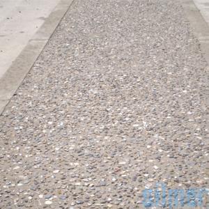 beton-desactive-graviers-roules-1_300x300
